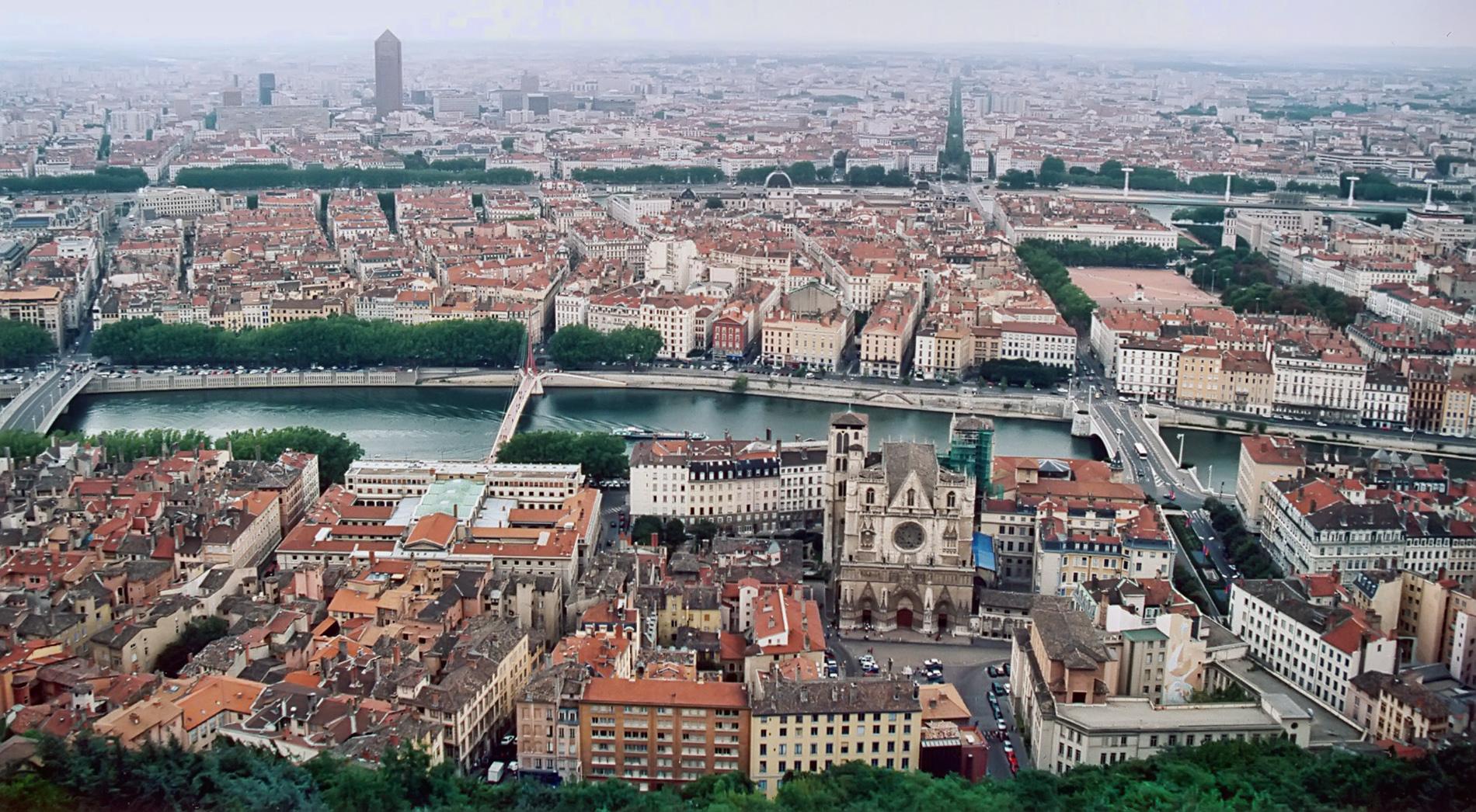 frankrikes tredje största stad
